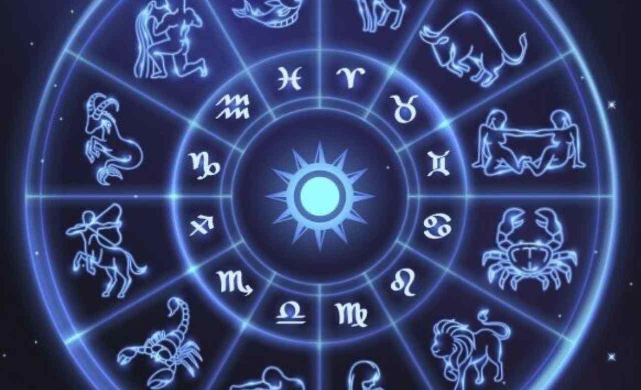 Oroscopo del 22 aprile 2021: calma per Pesci, novità per Ariete