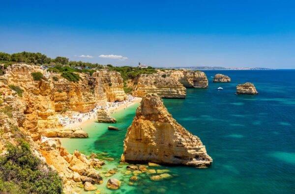 praia da marinha: la spiaggia più famosa del Portogallo