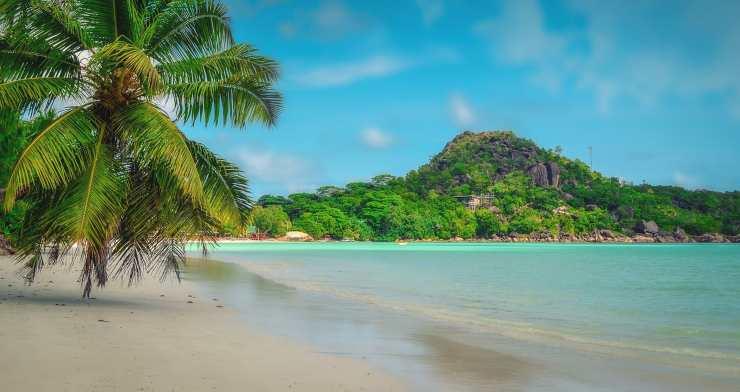Turismo alle Seychelles sì, ma con il vaccino