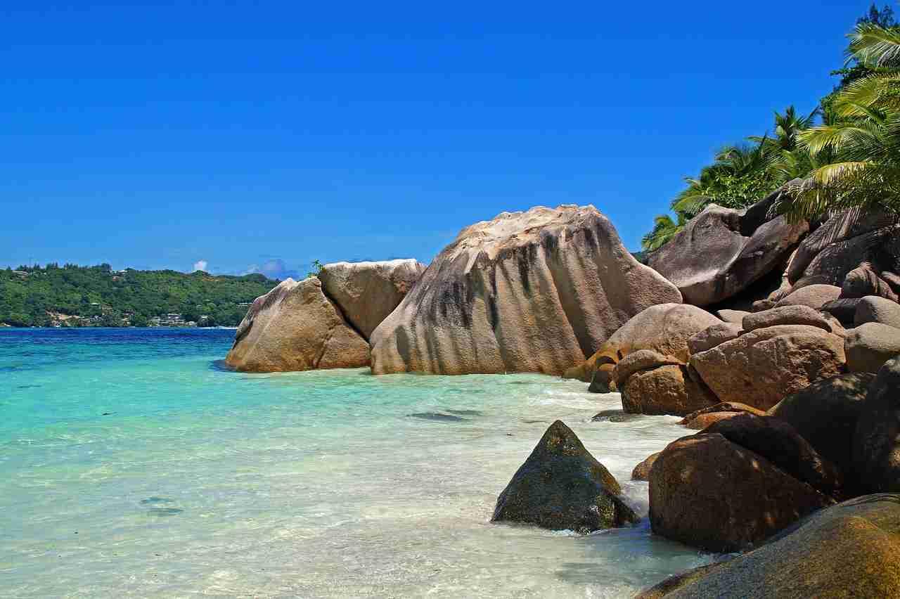 Ammessi solo turisti vaccinati alle Seychelles
