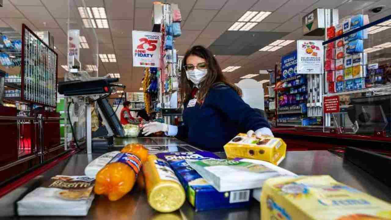 spesa supermercato multa