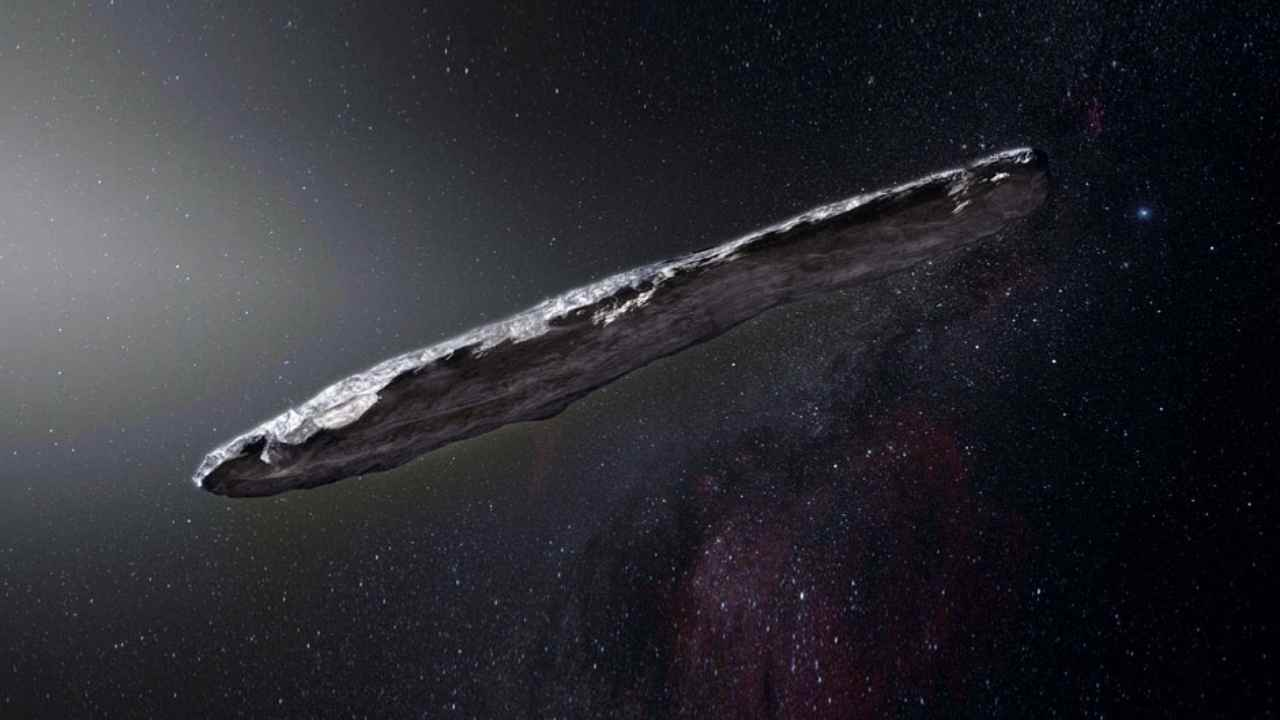 Alieni visita Oumuamua