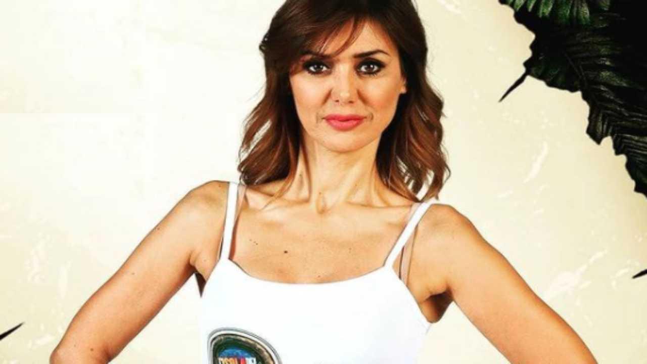 Daniela Martani, L'Isola dei Famosi la 'arruola': la furia della Lucarelli