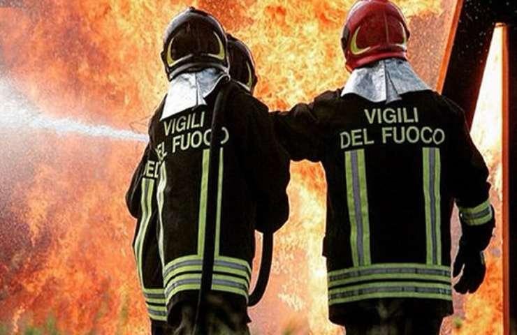 incendio oggi a Roma