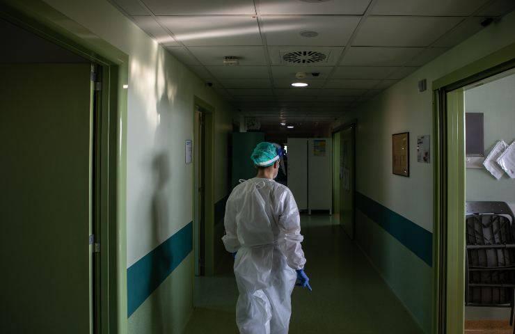 Morti di Covid in ospedale padre e figlia