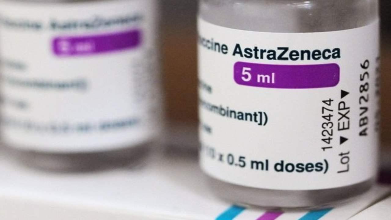 Vaccino Astrazeneca sospeso in Danimarca