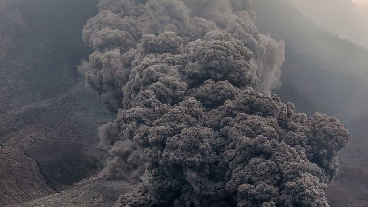 Sinabung l'eruzione