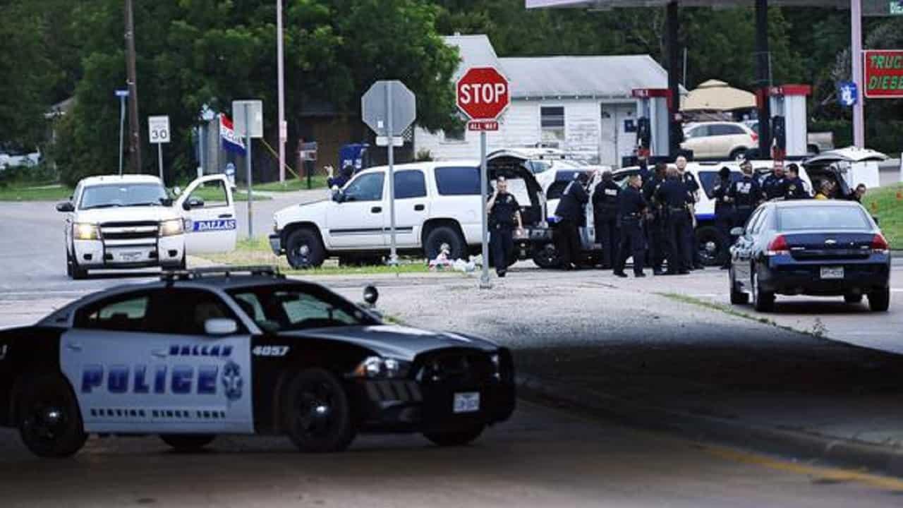 Sparatoria in Texas |  un morto e quattro feriti