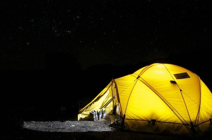 Dormire meglio grazie al campeggio