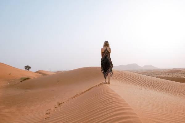 Deserto di Dubai (unsplash) cose non fare dubai