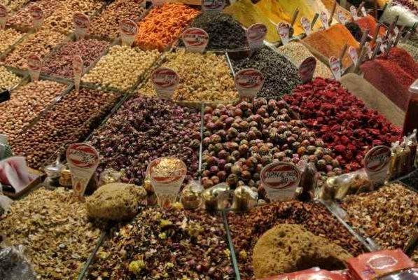 Gran Bazar, bancarella di spezie (pixabay) cose non fare istanbul