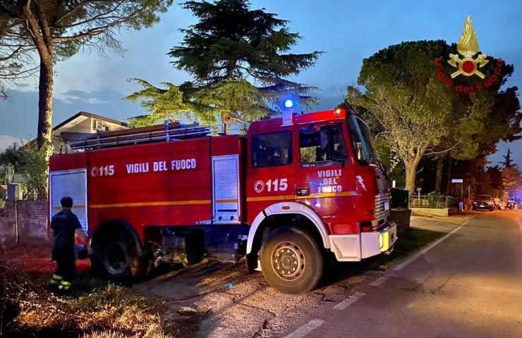 Incendio Latina muore un'anziana