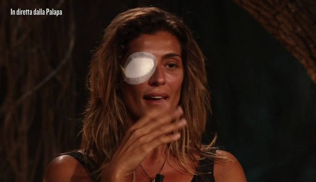 Elisa Isoardi lascia Isola dei Famosi