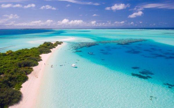 Alex Belli proposta matrimonio Maldive