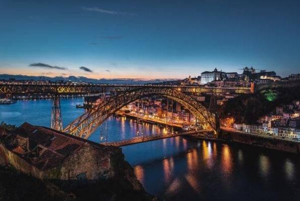 Porto, Portogallo dove ricchi 1000 mese