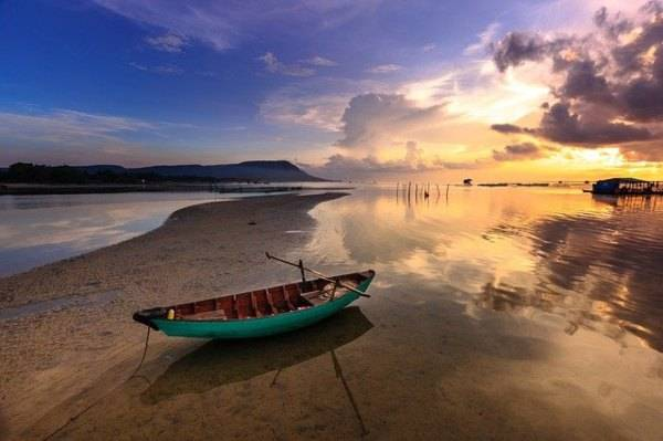 Vietnam (pixabay) dove vivere pochi soldi