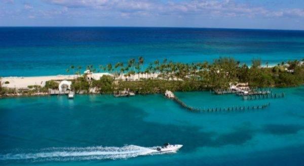 Lavorare alle Bahamas per 10.000 euro