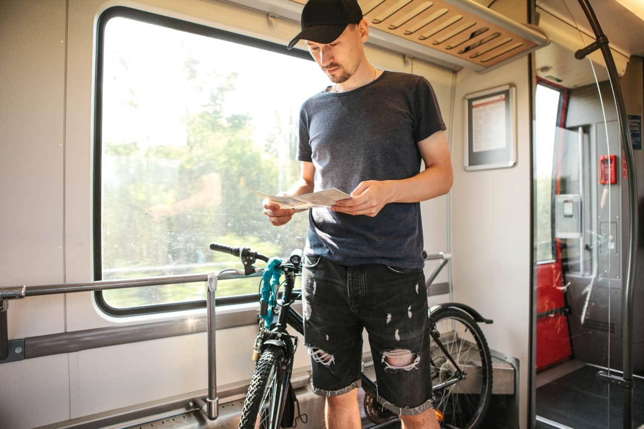 treno intercity trasporto bici