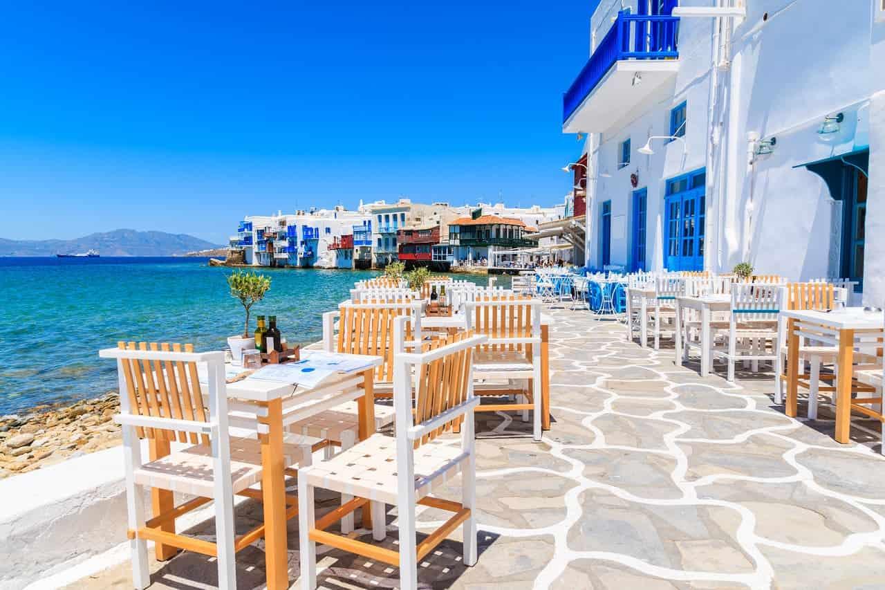 isole greche raggiungibili in aereo con volo diretto dall'Italia