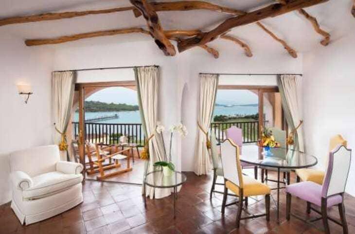 hotel-costoso-italia-cala-di-volpe