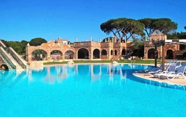 piscina delle Tenute Carrisi
