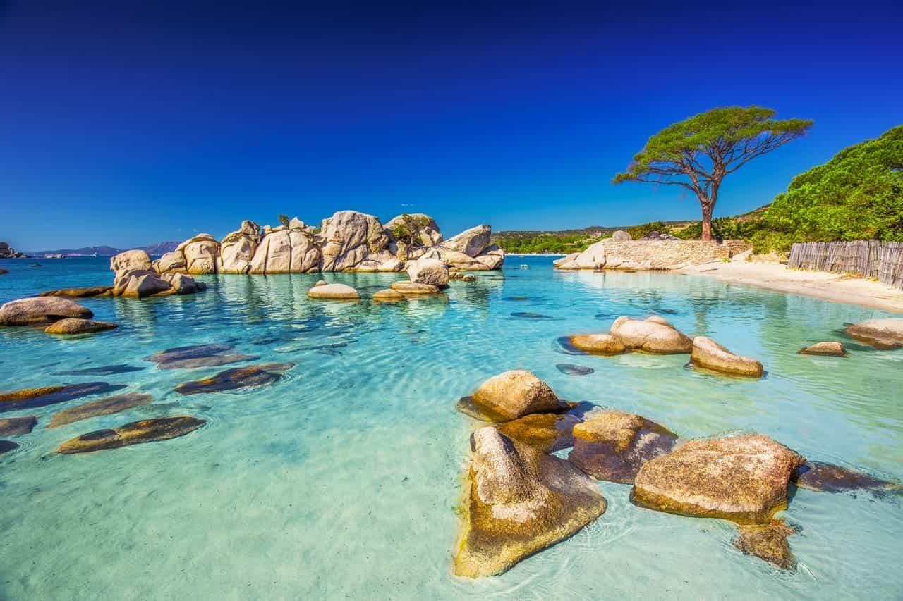 perché andare vacanza corsica