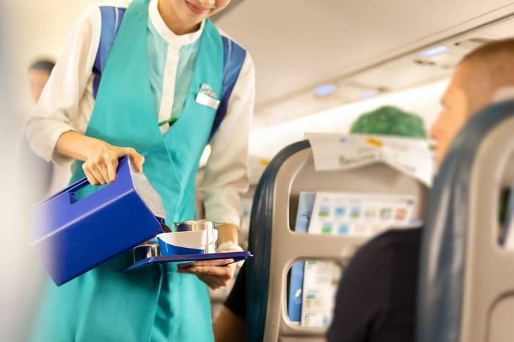 stipendio assistente volo