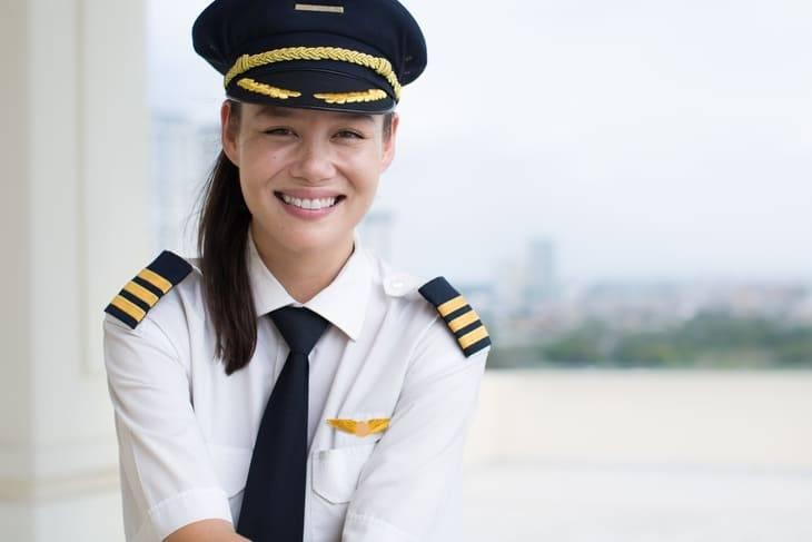 stipendio pilota aereo