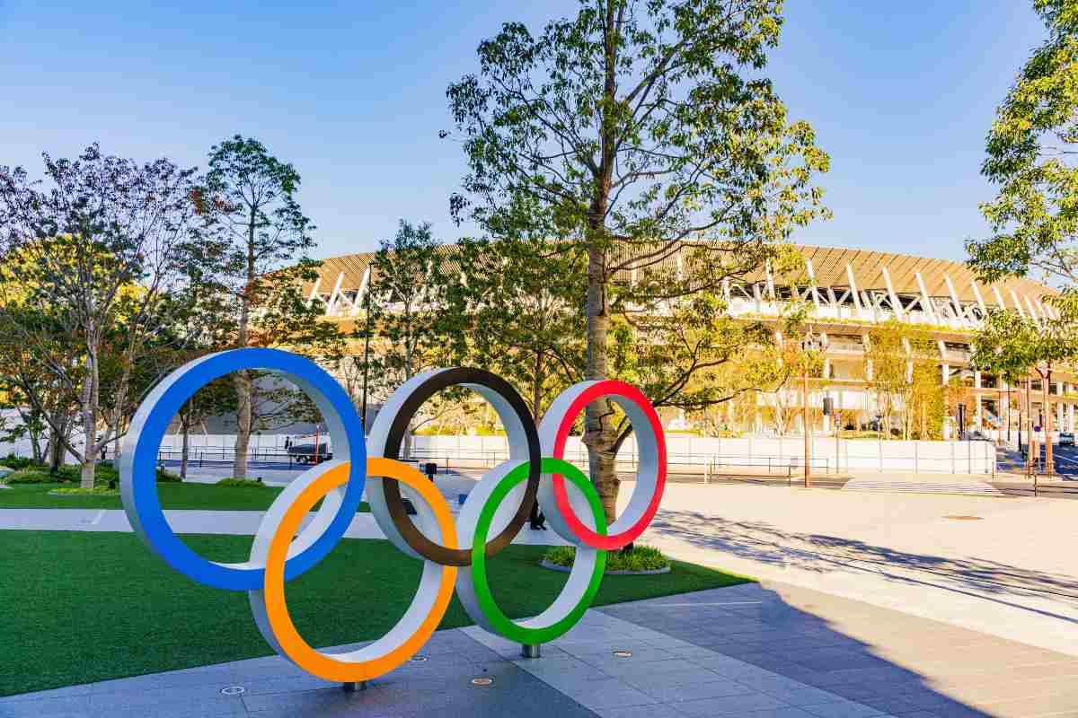 Letti di cartone nel villaggio olimpico