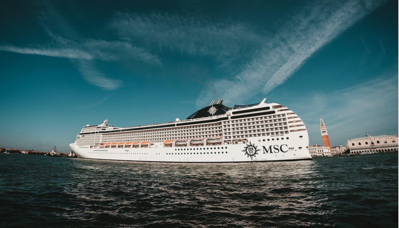 via grandi navi venezia