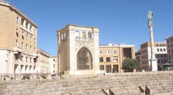 Madonna in Puglia fa il tour barocco