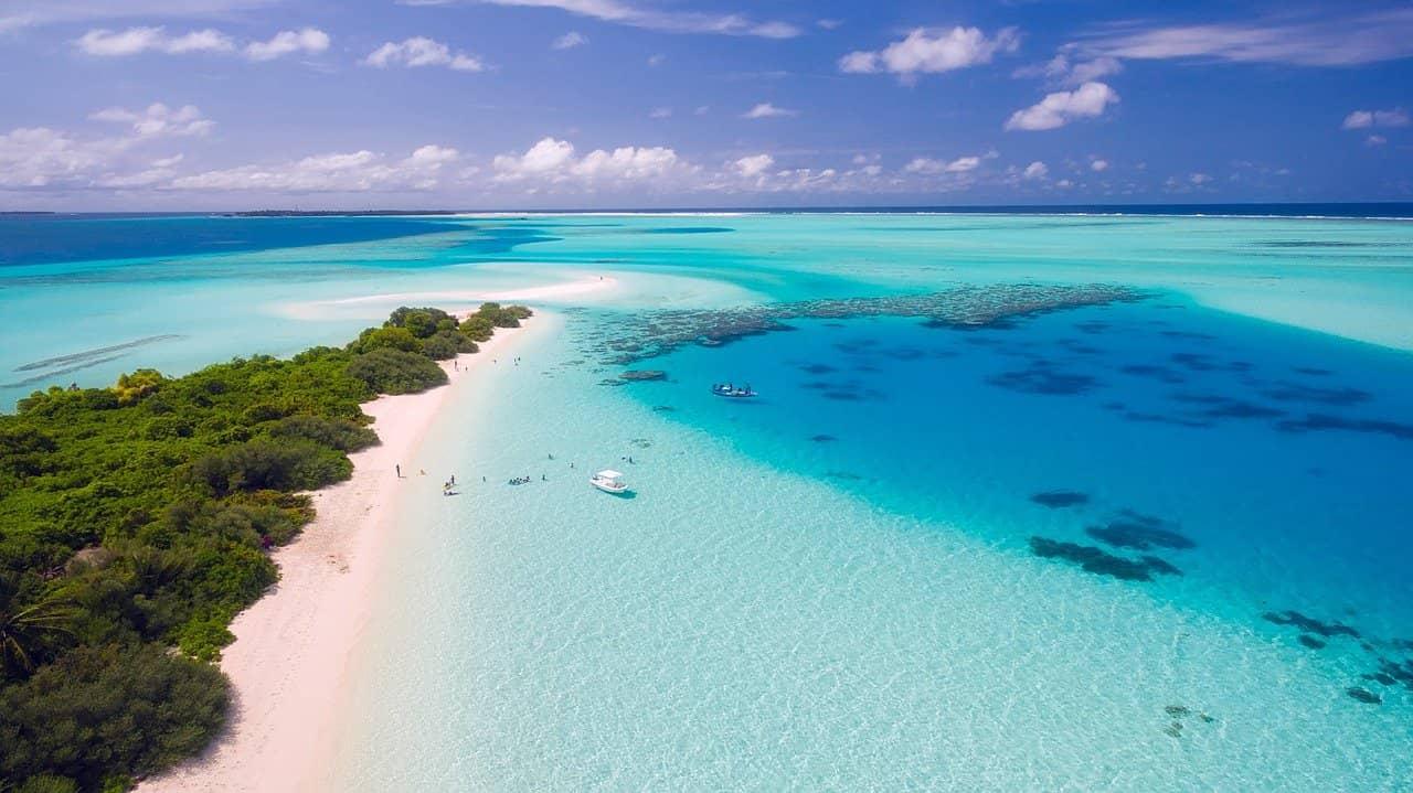 Andare in vacanza nei paradisi tropicali, è possibile?