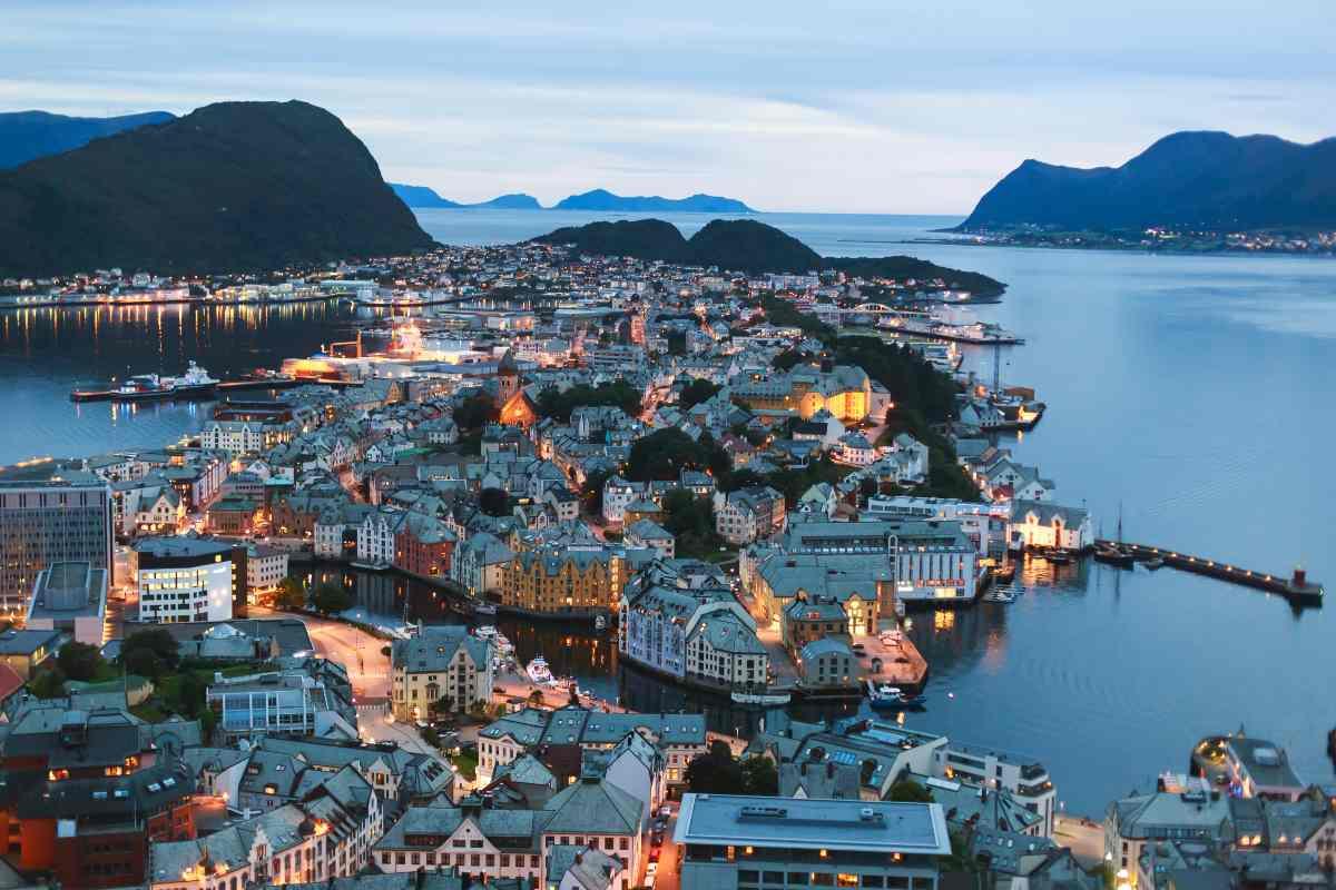 Norvegia 90% vaccinati, si torna alla normalità