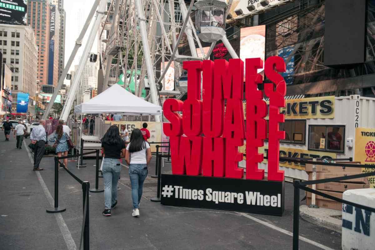 Time Square ruota panoramica