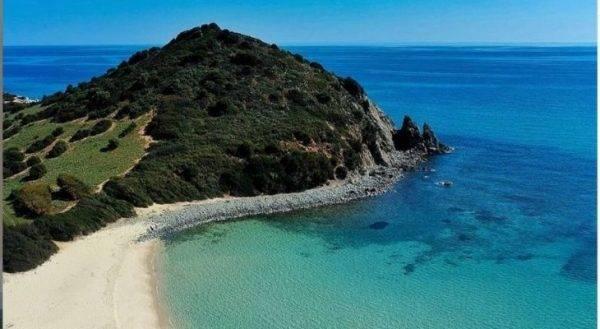Spiagge riparate dai venti in Sardegna