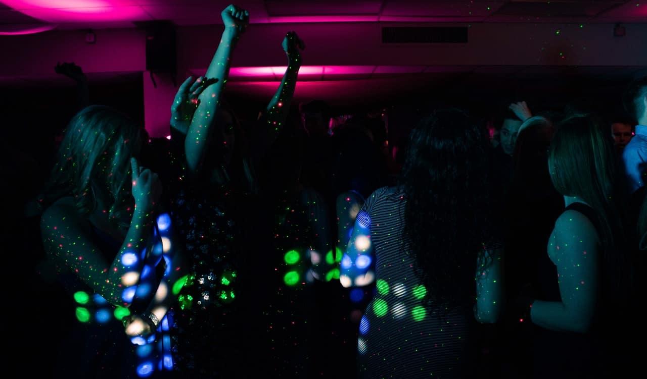 riapertura discoteche