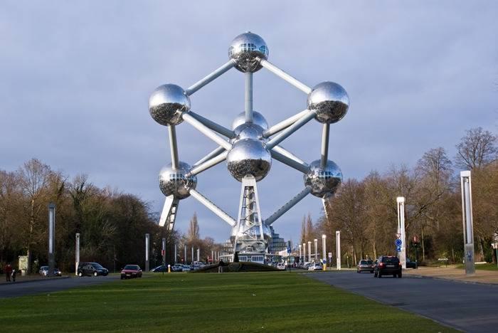 Atomium (Brussels, Belgium).