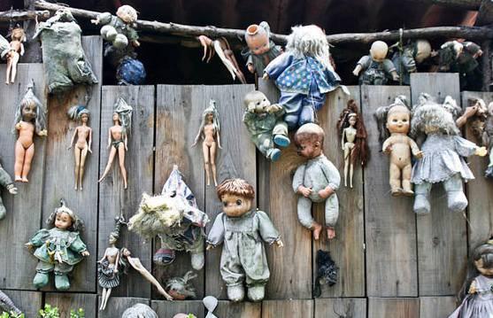 ISOLA bambole 1