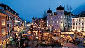Immagini Mercatini Di Natale Innsbruck.Mercatini Di Natale Innsbruck Guida Info Utili E Offerte