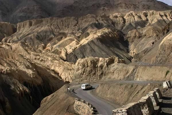 Ladakh_Highway