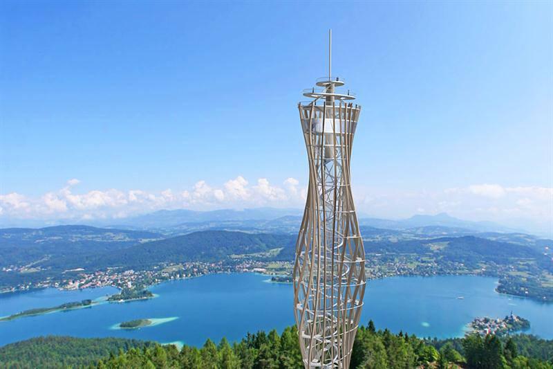 La torre panoramica in legno più alta del mondo