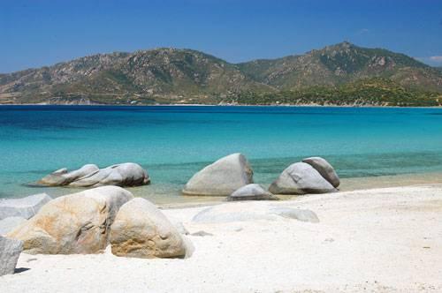 Matrimonio Spiaggia Villasimius : Guida sardegna del sud spiagge da sogno piscinas a