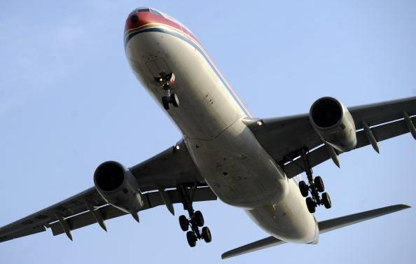 Aeroplano decolla