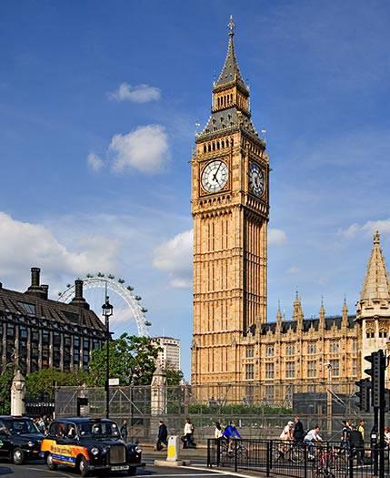 News londra la torre del big ben pende viaggi for Guide turistiche londra
