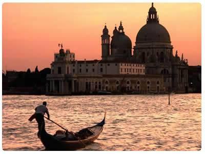 San valentino 2012 mete romantiche per un viaggio in for Citta romantiche europa