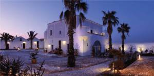 hotel sunset pano1 1 300x148 TripAdvisor: i migliori hotel in Italia