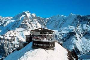 jungfrau sciare 300x200 Vacanze sulla neve: le migliori località della Svizzera
