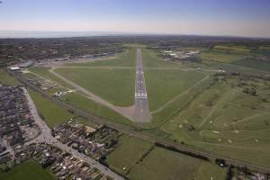 london southend airport aerial 20 for web site 300x200 Londra: aperto nuovo aeroporto, il 6° della capitale