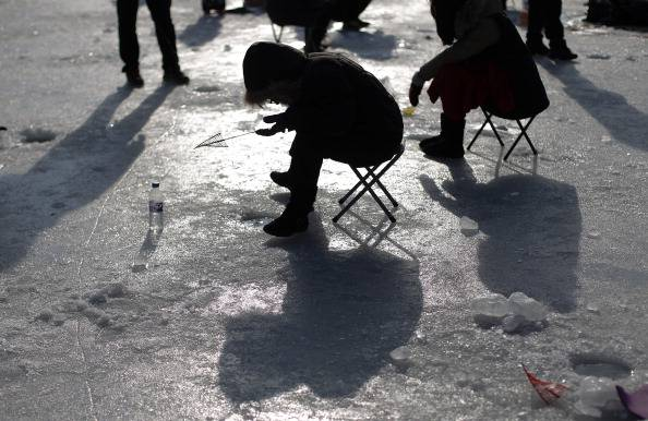 South Koreans Celebrate Ice Festival