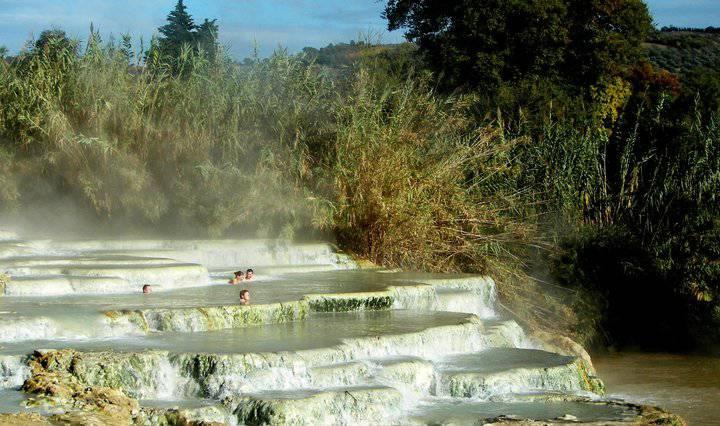 terme gratuite libere toscana lazio saturnia siena roma un bel bagno rigenerante in calde acque termali un prezioso dono per il corpo e per lanima
